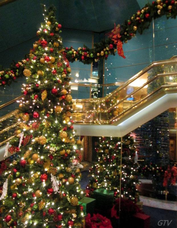 Christmas Carnival Cruise.Christmas Decorations Cruise Forum