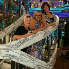 Universe Main Show Lounge on Carnival Fantasy