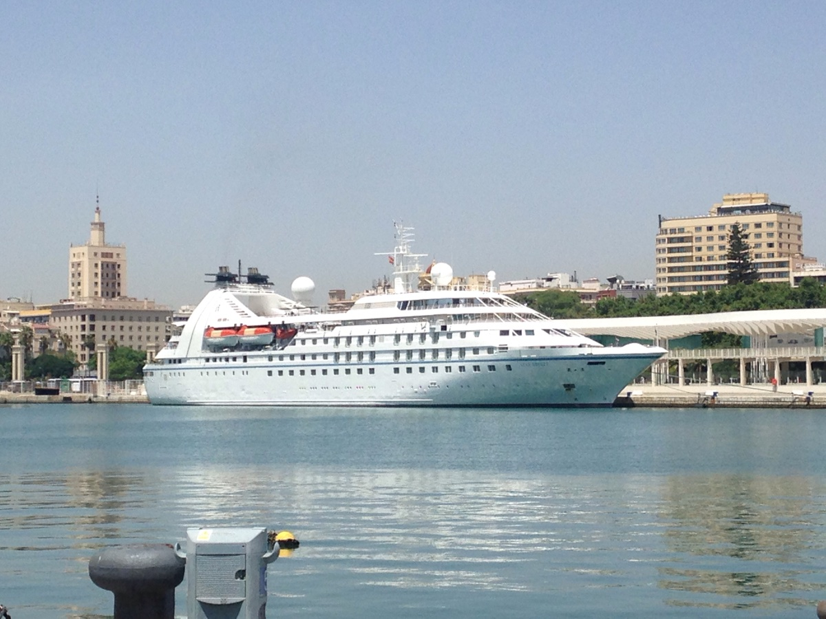 Seabourn spirit cruise ship reviews and photos cruiseline baanklon Images
