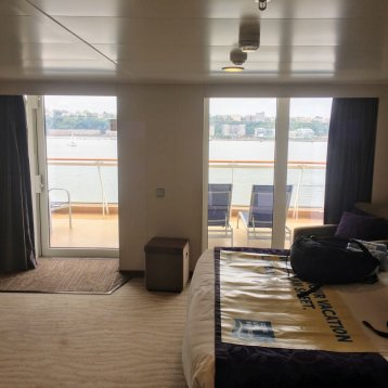 Aft-Facing Mini-Suite with Balcony on Norwegian Breakaway