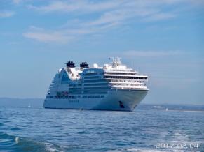 Seabourn Encore anchored off Phillip Island