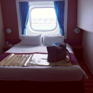 Oceanview Picture Window Stateroom on Norwegian Pearl