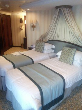 Suite on Adonia