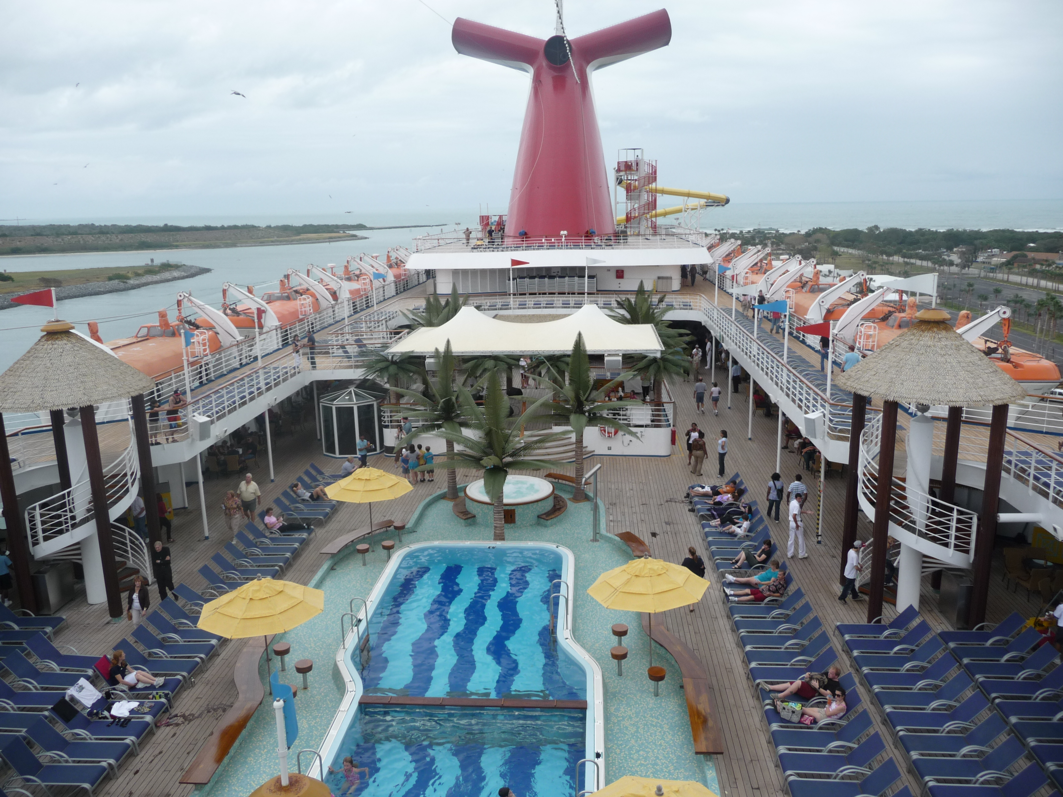 Carnival Ecstasy Pay Attention To The Little