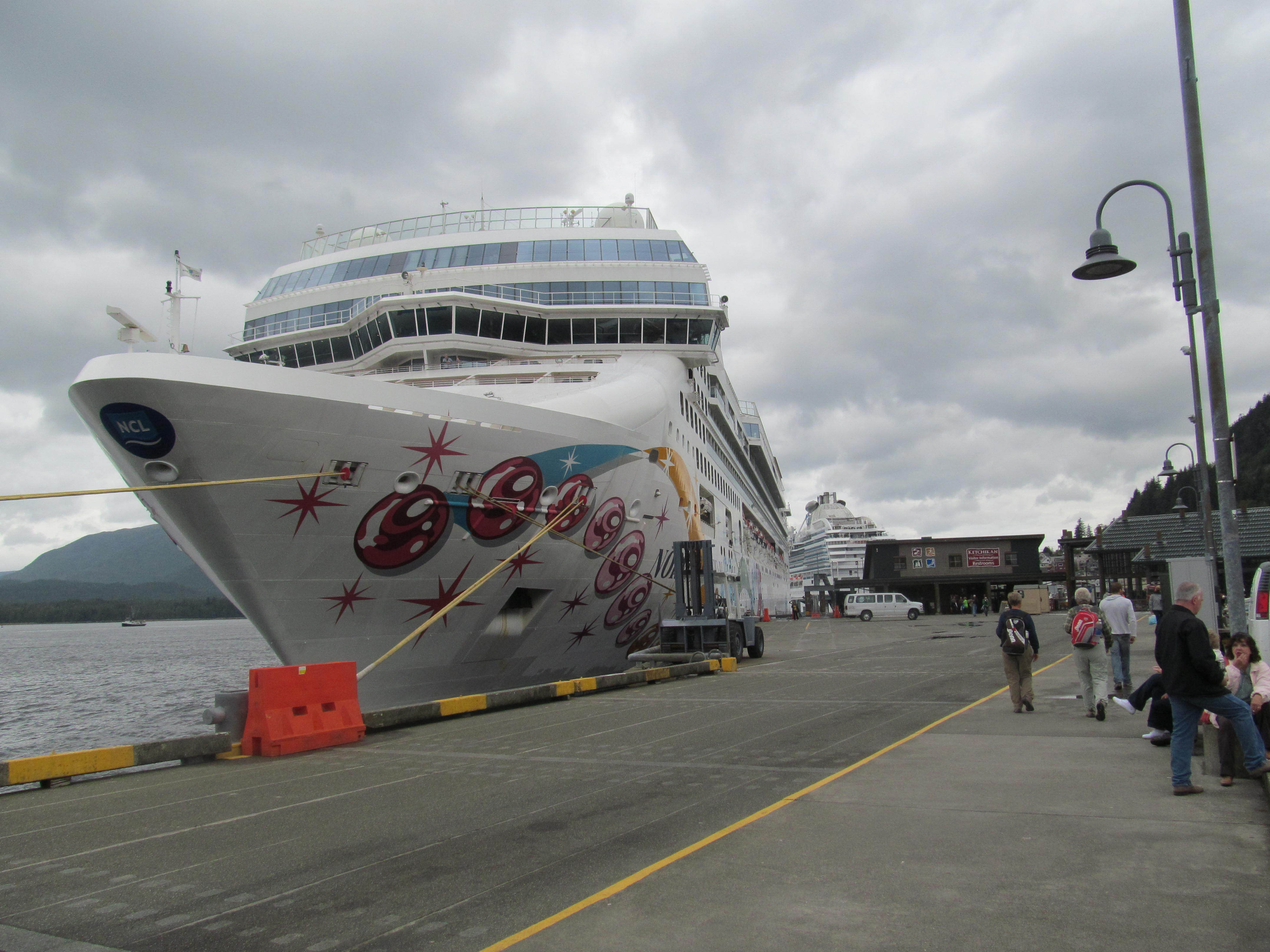 Good First Cruise Experience Norwegian Pearl Cruise Review