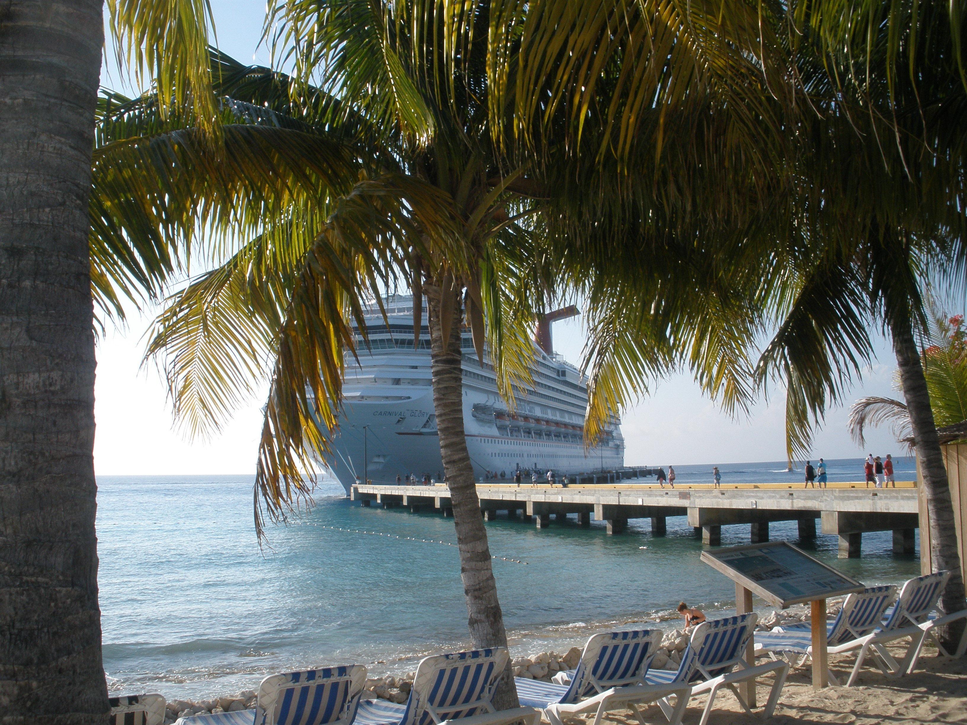 fun in the sun! - Carnival Glory Cruise Review