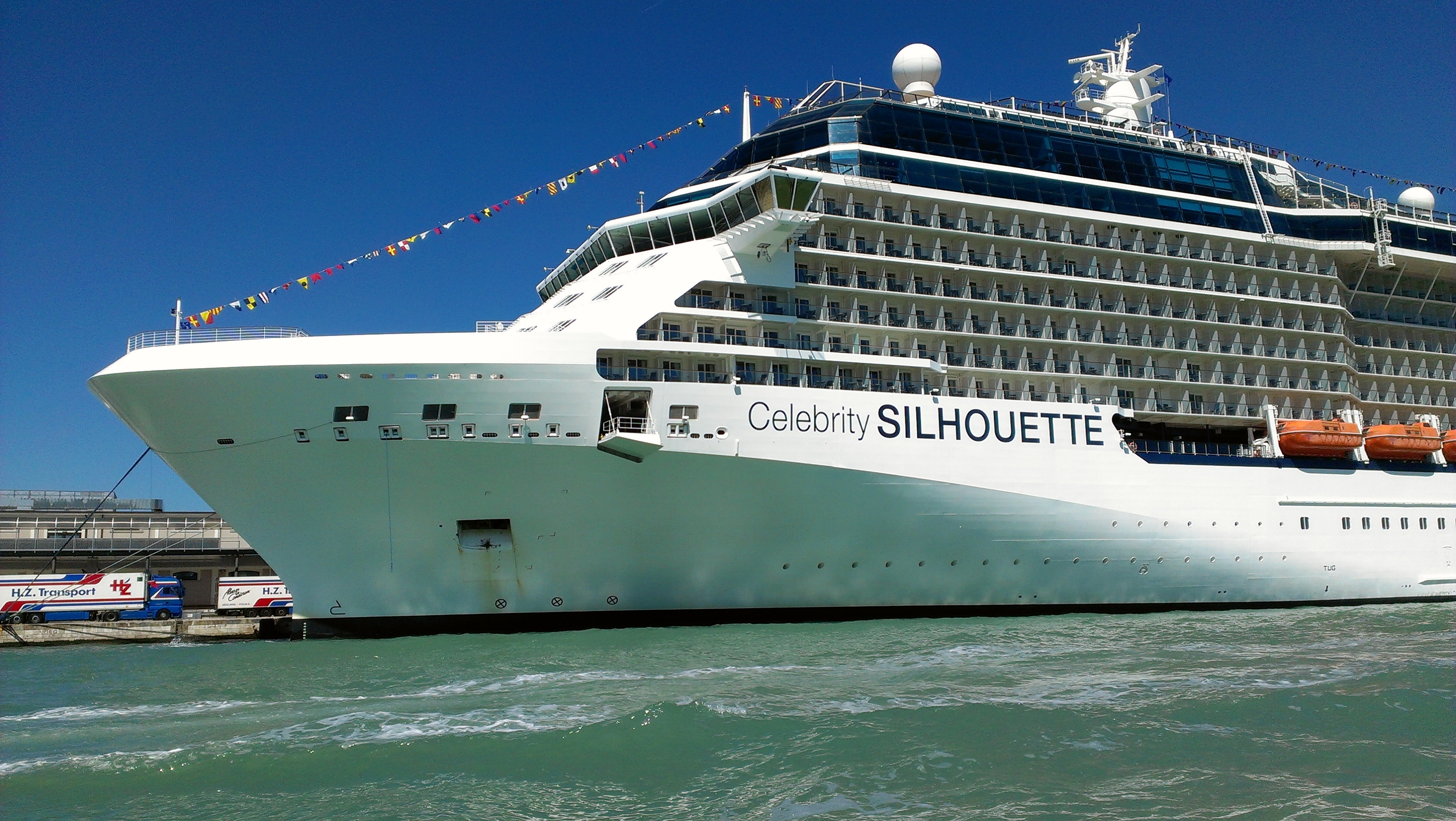 Celebrity Silhouette Ship Tour - YouTube