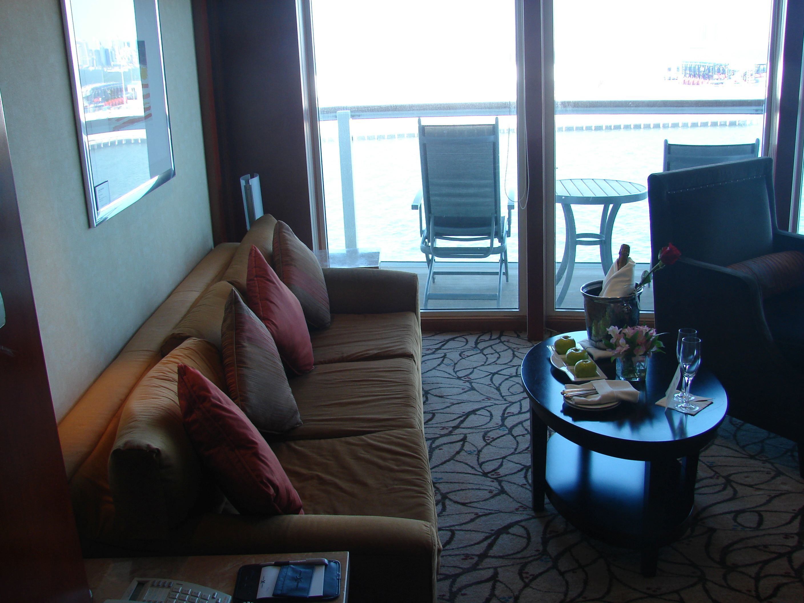 Celebrity Infinity Cabin 9098 - Reviews, Pictures ...