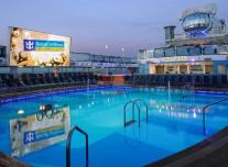 Outdoor Pool on Anthem of the Seas