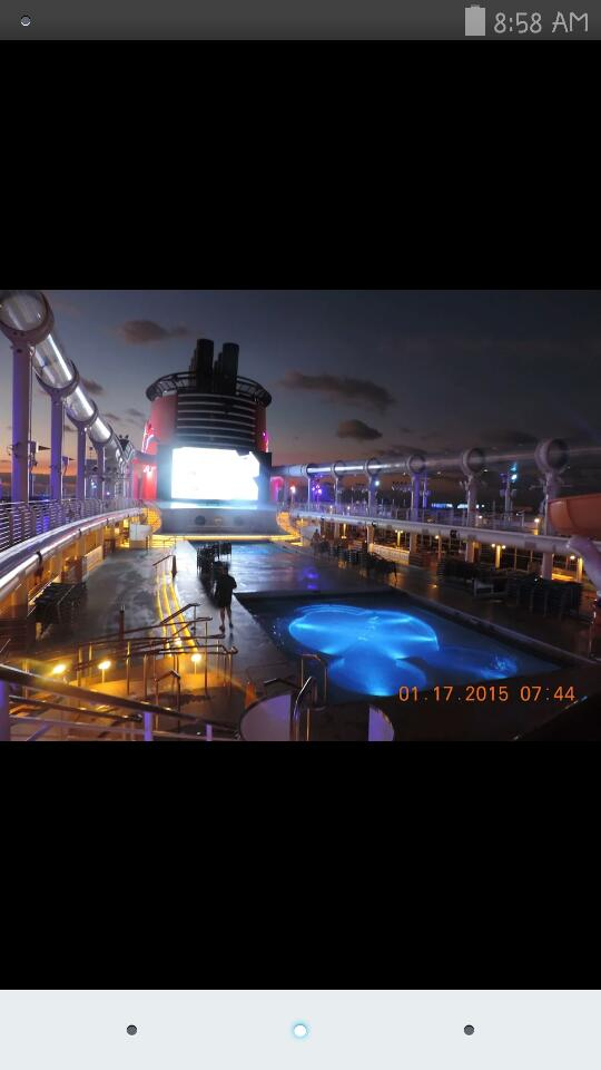 Disney Dream Professional Photo