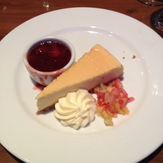 Strawberry sauce and cheesecake