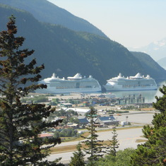 Jewel of the Seas and Radiance of the Seas in port Skagway