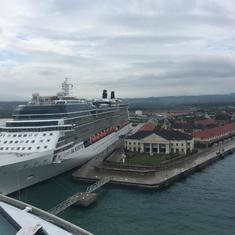 Jamaica port 2