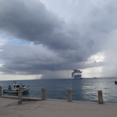 Carnival Legend, Grand Cayman, storms in the area.