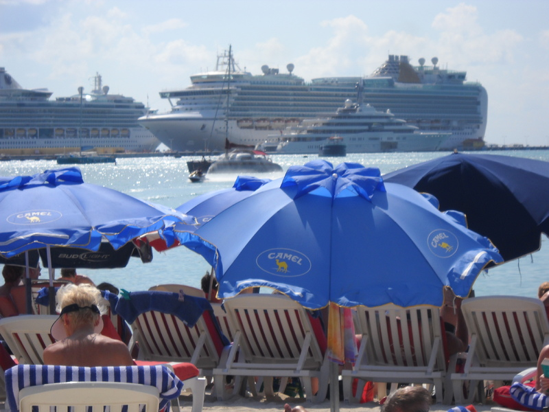 Yep - those are Camel umbrellas... - Caribbean Princess