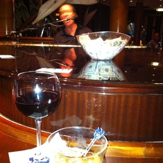 Radiance of the Seas Piano Bar