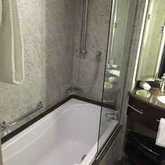 Tub & Separate Shower!
