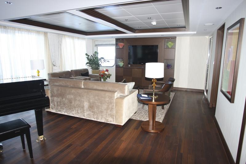 Penthouse Suite 1616 - Celebrity Eclipse