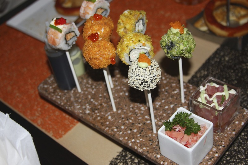 Sushi pops in Qsine - Celebrity Eclipse