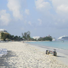 Beautiful beach in Grand Cayman