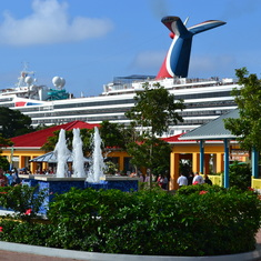 Roatan Port of Call