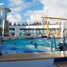 Pool on Celebrity Summit