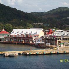 Roatan Pier, Honduras