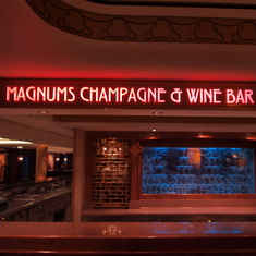 Magnums Bar
