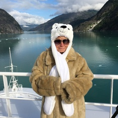 Cruise Tracy Arm Fjord, Alaska - Keep Warm!