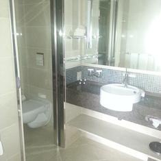 Bathroom in Neptune Suite room