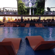 Quantum of the Seas Pool