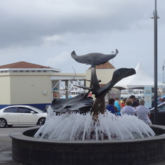 Stingray fountain in Grand Cayman