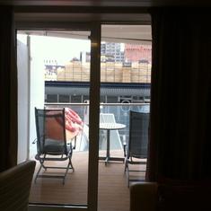 6210 veranda balcony partially obstructed