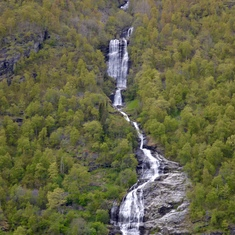 Waterfalls from the melting snow, everywhere