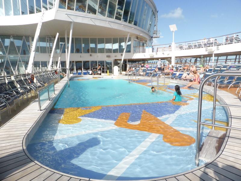 Pool - Allure of the Seas