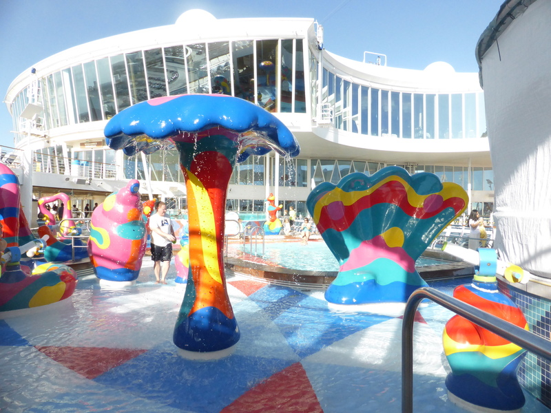 Kid's Pool Area - Allure of the Seas