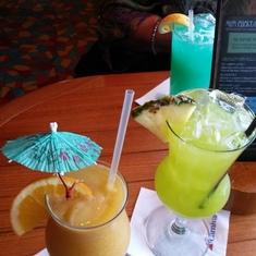 Drinks at Redfrog Pub on Carnival Sunshine