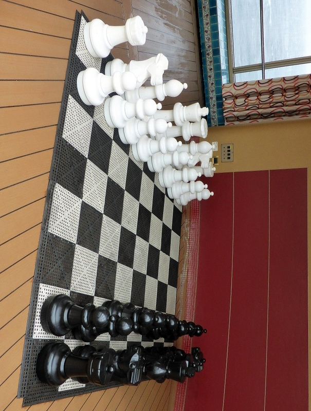 Chess Set Poolside - Amsterdam