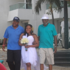 Wedding on the beach in Cozumel