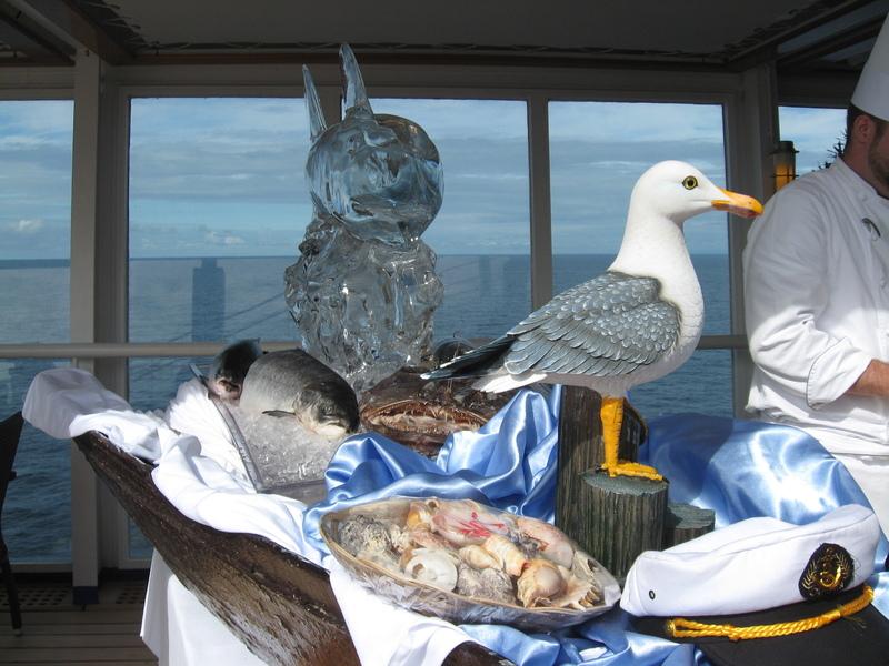 """Open deck """"Seafood Extravaganza"""" - Seven Seas Voyager"""