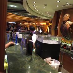 Schooner Bar on Oasis of the Seas