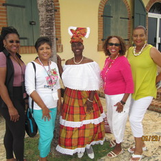 Friends Ida, Sharon, Luesette  & Ethel with a natural beauty from St. Croix