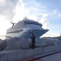 Philipsburg, St. Maarten - Heading back to the ship