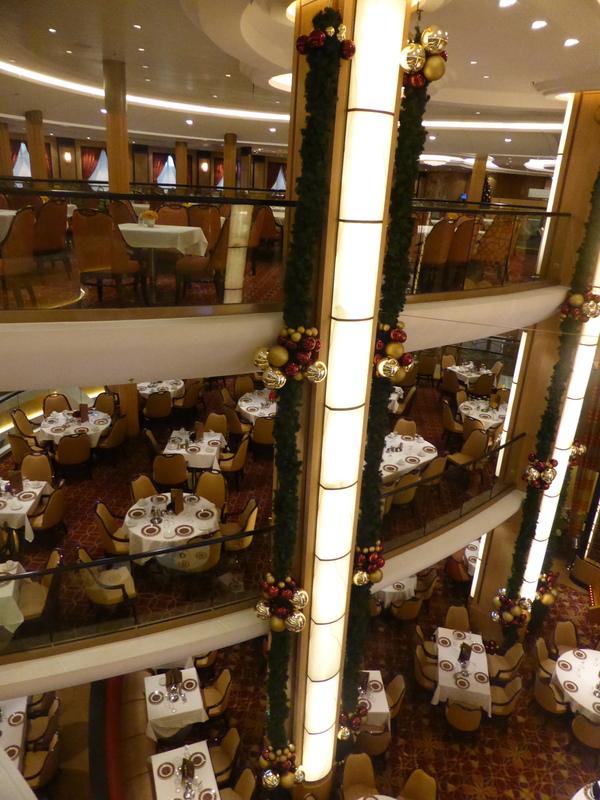 Atrium - Allure of the Seas