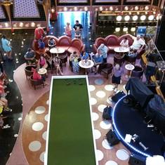 The Splendor Lobby and Atrium on Carnival Splendor