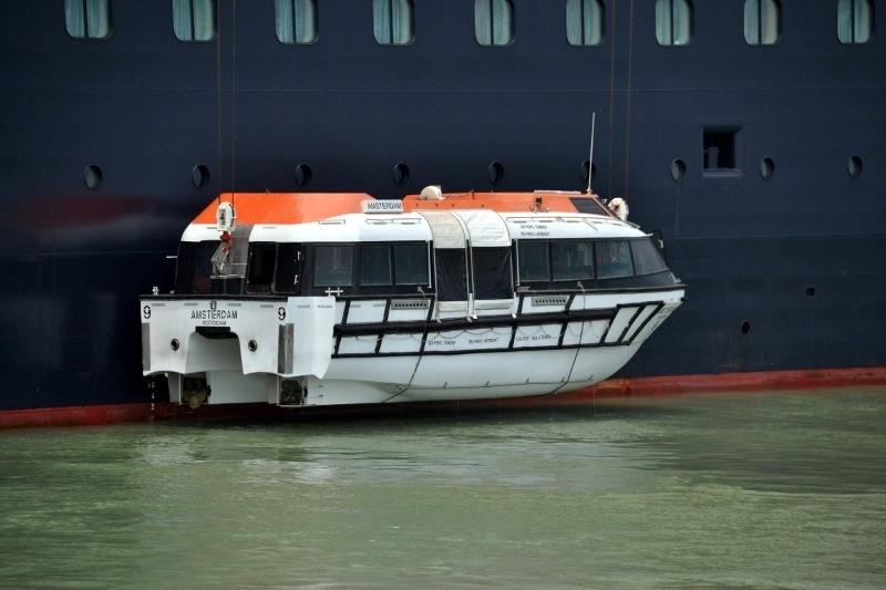Tender - Lifeboat - Amsterdam