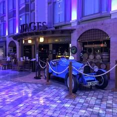 The wine bar in the Promenade