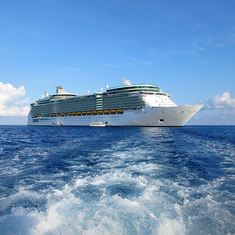 Freedom of the Seas, tendering into Grand Caymen