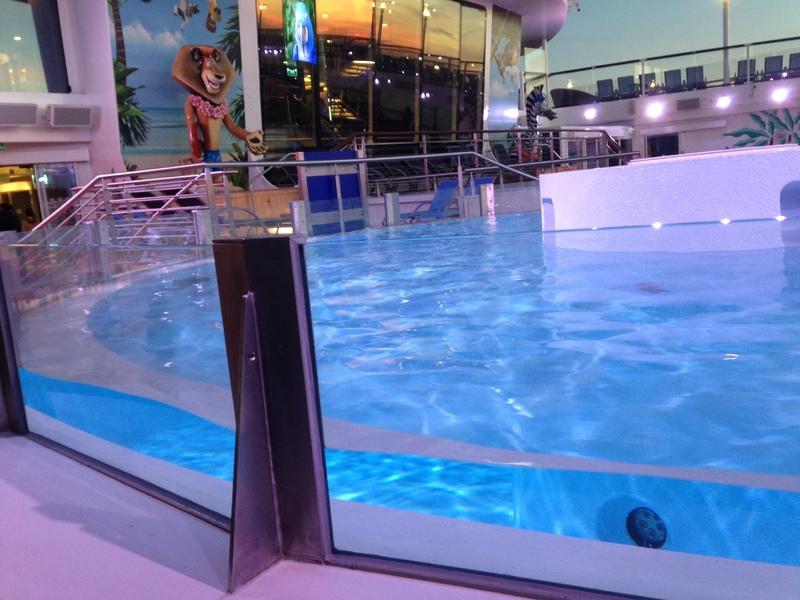 Quantum of the Seas Hot Tub - Quantum of the Seas