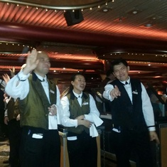 ENTERTAINMENT BY WONDERFUL. WAITERS